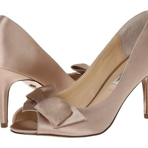 Nina Fraser Champagne Satin Peep Toe Heels 10